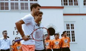 David Ferrer and Grigor Dimitrov play mini tennis